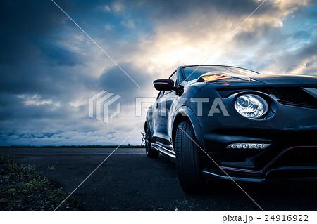 車と風景 24916922