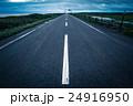 まっすぐ オロロンライン 道路の写真 24916950