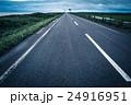 まっすぐ オロロンライン 道路の写真 24916951