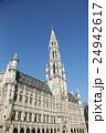 ブリュッセルのグラン・プラスにある市庁舎 24942617