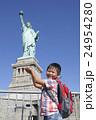 自由の女神と子供 24954280