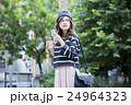 若い女性 24964323
