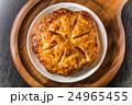 焼きたてアップルパイ Apple pie 24965455
