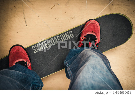 Skateboarding in skate park. Shoes and boardの写真素材 [24969035] - PIXTA