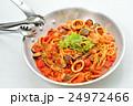 注意)湯気はレタッチ合成です。ペスカトーレ(イタリアン料理/魚介トマトソースパスタ)。 24972466