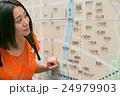 京都を旅するバックパッカー  24979903