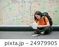 京都を旅するバックパッカー  24979905