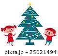 クリスマス ツリーと子供たち 25021494