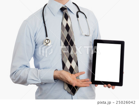 Doctor holding tablet の写真素材 [25026042] - PIXTA