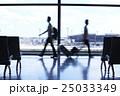 空港 空港内 行き交うの写真 25033349