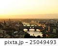 フィレンツェ ヴェッキオ橋 夕景の写真 25049493