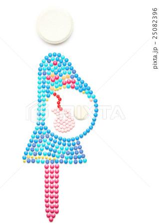 Baby inside.の写真素材 [25082396] - PIXTA