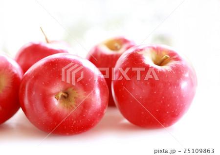 りんご 25109863