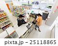 コンビニ コンビニエンスストア コンビニ店員の写真 25118865