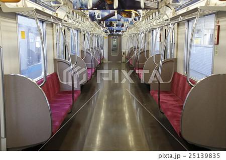 東京メトロ東西線05系(車内) 25139835