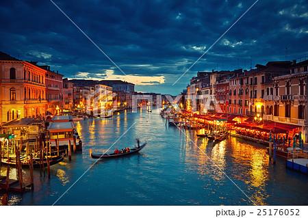 Venice at night 25176052
