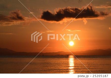 琵琶湖の朝の風景 25205187