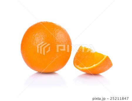 Orange slice isolated on white backgroundの写真素材 [25211847] - PIXTA