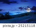 まきば 牧草地 山の写真 25215118