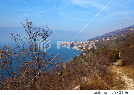 Lago di Garda - Torri del Benaco Italy 25301062