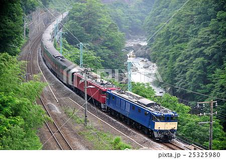 上越線 上牧-水上 JR東日本 EF64-1032+EF81-133+E26系 カシオペアクルーズ 25325980