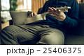 男性ポートレート 25406375