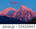 夕焼けに染まる八ヶ岳 25420943