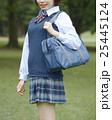 スクールバッグを持った女子高校生 25445124