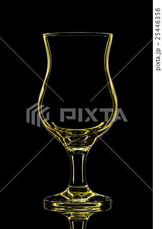 Silhouette of cocktail glass on black backgroundの写真素材 [25446356] - PIXTA