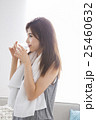 若い女性 25460632