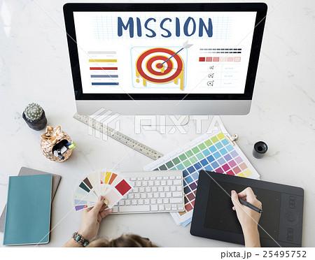 Mission Arrow Target Goals Business Dart Graphic Conceptの写真素材 [25495752] - PIXTA