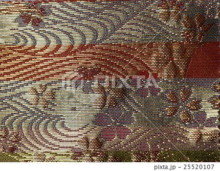 西陣織り 日本の伝統柄 錦糸の帯 25520107
