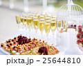 ワイン ガラス製 グラスの写真 25644810