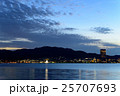 琵琶湖と大津の夕景 25707693