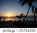 キーラゴの海に沈む太陽 25724591
