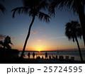 キーラゴの海に沈む太陽 25724595