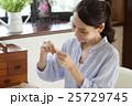 女性 手芸 パッチワークの写真 25729745