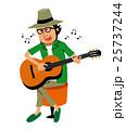 ギターを弾く男性 25737244