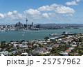 対岸から見たオークランドの街並み 25757962