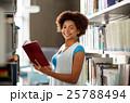 学生 ライブラリ 図書館の写真 25788494