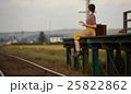 女性 旅行イメージ 25822862