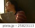 人物 1人 女性の写真 25823113