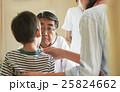 子供の診察 25824662