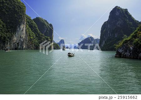 ベトナムのハロン湾 25915662