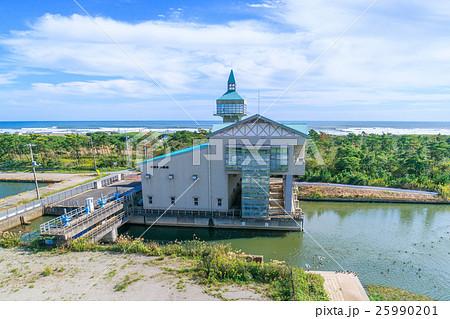 洪水対策の排水施設 東部排水機場を撮影 25990201