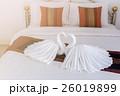 ベッド 白い まくらの写真 26019899