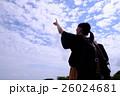 空と女性 26024681