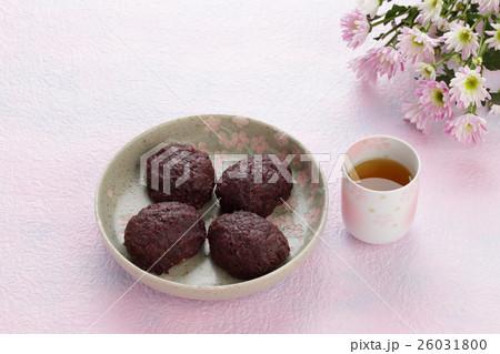ぼた餅(おはぎ) 春のお彼岸イメージ 26031800