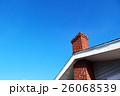 赤煉瓦造りの煙突 26068539