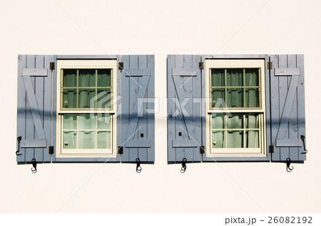 2つの窓 26082192